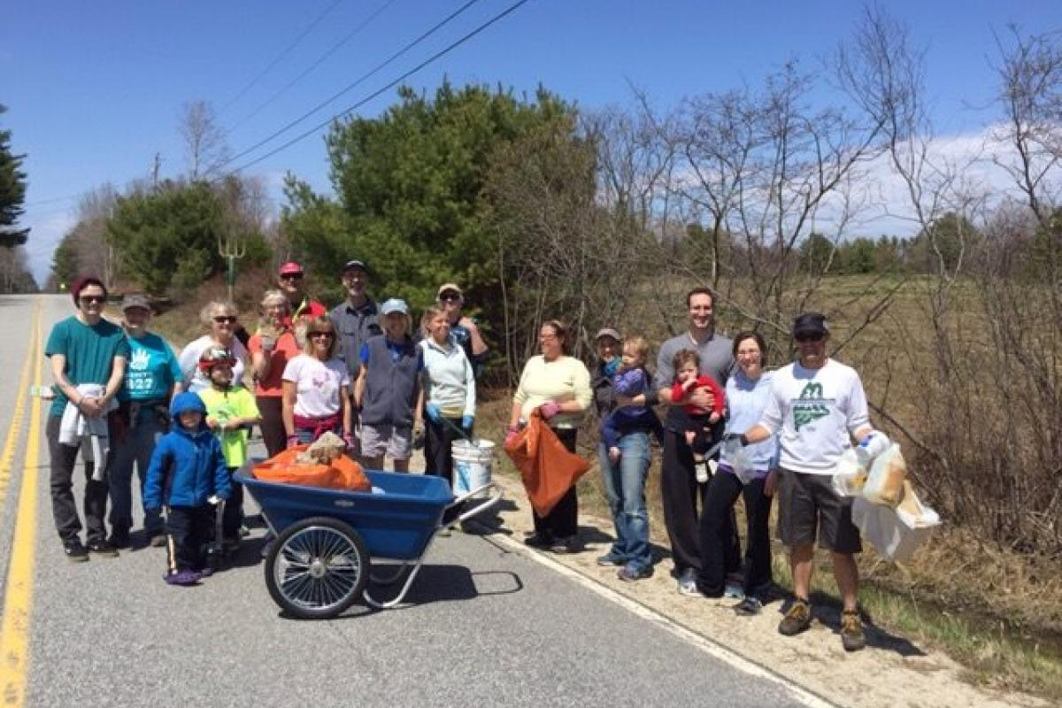 Annual Neighborhood Cleanup on Mountfort Road