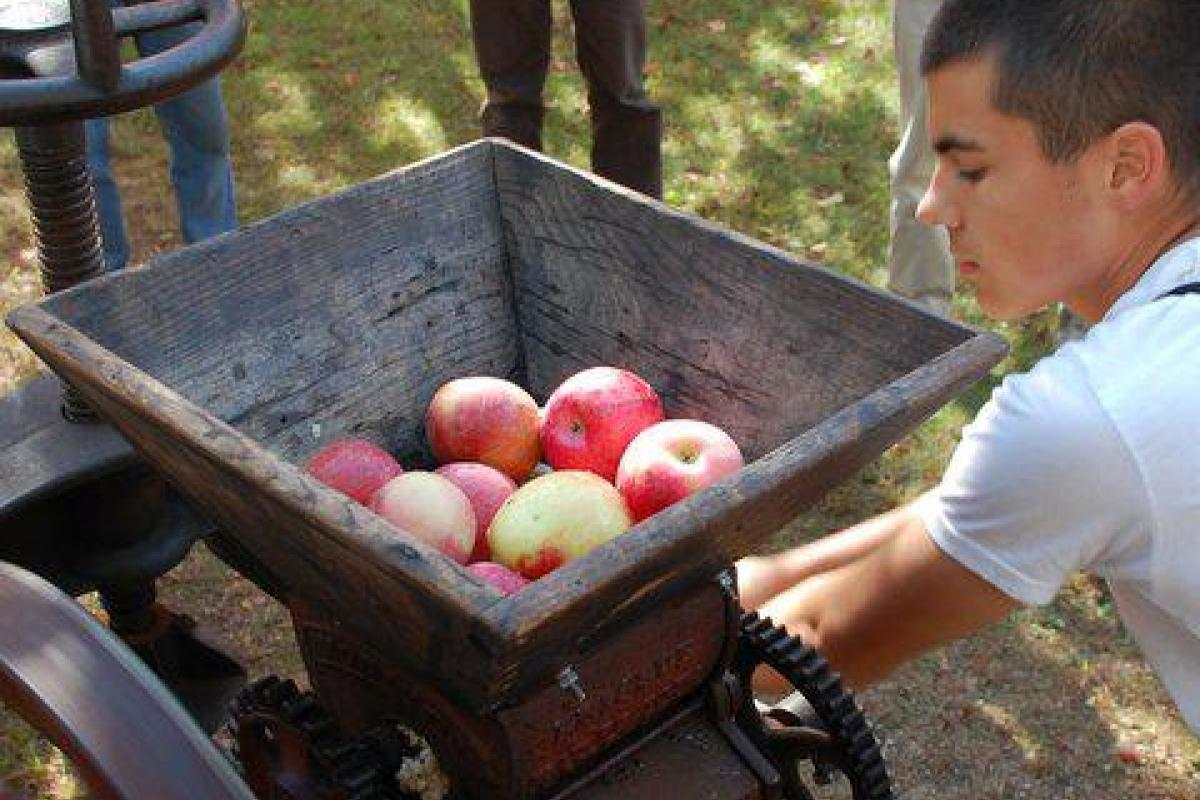 Annual Soup & Cider Day hosted by the Historical Society at Skyline Farm